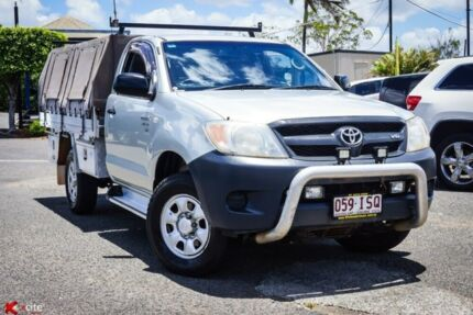 2005 Toyota Hilux GGN25R MY05 SR Silver 5 Speed Automatic Cab Chassis Archerfield Brisbane South West Preview