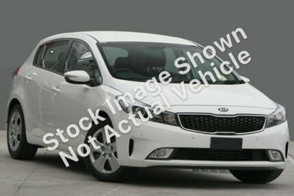 2017 Kia Cerato YD MY18 S Clear White 6 Speed Sports Automatic Hatchback Townsville Townsville City Preview