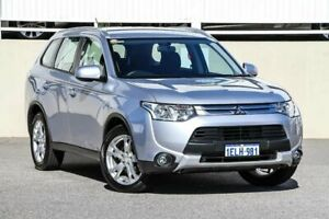 2014 Mitsubishi Outlander ZJ MY14.5 ES (4x4) Silver Continuous Variable Wagon Cannington Canning Area Preview