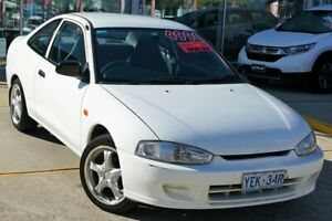 2001 Mitsubishi Lancer CE2 GLi White 5 Speed Manual Coupe Belconnen Belconnen Area Preview