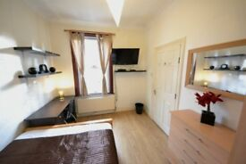 Stylish Double room with Amazing Facilities including own TV LCD MODERN and NEW Channels WiFi