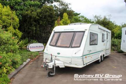 CU1033 Swift Bessacar Cameo with Queen Bed and Panoramic Windows!
