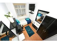 E1 Zone1. Cool Modern Single with TV MODERN inc WiFi Cleaner in Shadwell near Whitechapel Tower Hill