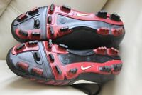 Soccer football cleats shoes Nike TotalNinety men's size US 8 ½