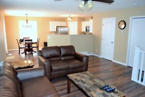 EVERYTHING INCLUDED! SPACIOUS 3 BEDROOM FURNISHED DUPLEX