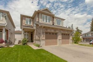 ++Beautiful Walk Out Bachelor Unit In Waterdown++