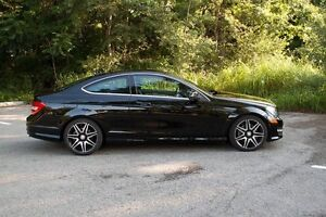 Sale Mercredi- Benz C350 Couple sport version