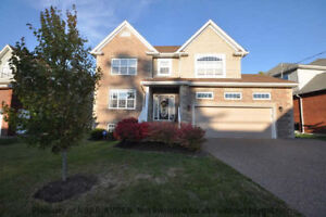 Spacious and updated 5 bedroom home in Ravines subdivision