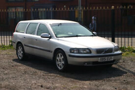 Volvo V70 2.4 (Automatic with towbar)
