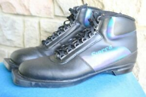 XC cross country ski shoes boots size US 8 ½ men's or 9 ½ women'