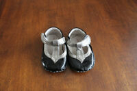 Pediped girls black dress shoes, size 0-6 months