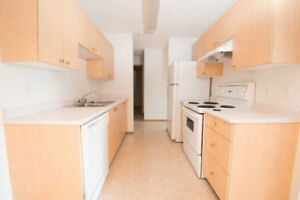 2 Bed w/ Walk-out Patio! Pet Friendly! In-Suite Laundry