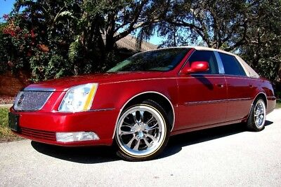 2006 Cadillac Deville Base Sedan 4 Door 2006 Cadillac Dts Only 34K Low Miles  2 Owners  Vougue Edition  Immaculate