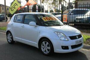 2007 Suzuki Swift EZ 07 Update S White 5 Speed Manual Hatchback Klemzig Port Adelaide Area Preview