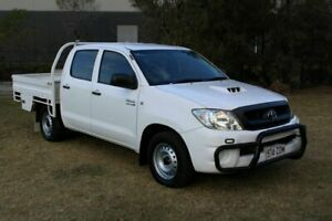 2011 Toyota Hilux KUN16R MY10 SR 4x2 White 5 Speed Manual Utility Ormeau Gold Coast North Preview
