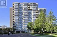 2 Bedroom and Den Condo for rent in Thornhill