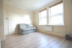 Well finished apartment situated in a period property, located within mins of Southwark and Waterloo
