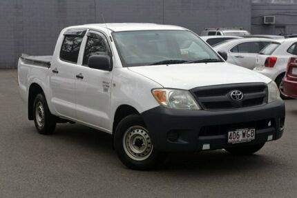 2005 Toyota Hilux TGN16R MY05 Workmate 4x2 White 5 Speed Manual Utility Southport Gold Coast City Preview