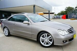 2007 Mercedes-Benz CLK200 Kompressor A209 MY08 Avantgarde Gold 5 Speed Automatic Coupe Pearce Woden Valley Preview