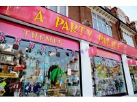 PARTY SHOP - Full-time sales assistant