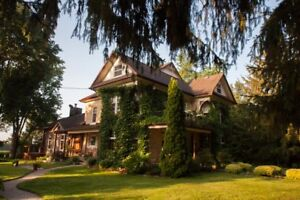 Executive Country Home and Farm land near Kitchener by Auction
