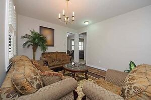 SPACIOUS 4+1Bedroom Detached House @BRAMPTON $859,900 ONLY