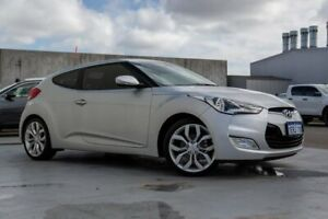 2015 Hyundai Veloster FS4 Series II Coupe D-CT Silver 6 Speed Sports Automatic Dual Clutch Hatchback Canning Vale Canning Area Preview