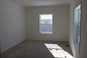 3 bedroom 2 bathroom manufactured home for sale in Sarnia Sarnia Sarnia Area image 4