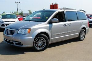 2014 Chrysler Town & Country Touring L