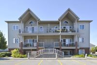 Tartan Upper Level Condo, Open Concept with Vaulted Ceilings