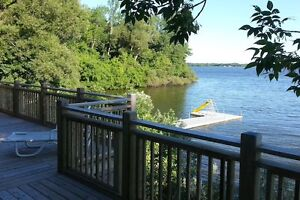Country home 6 acres 1250' on Lake Ontario near Picton