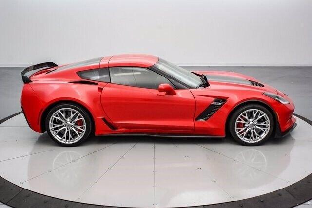 2016 Red Chevrolet Corvette Z06  | C7 Corvette Photo 4