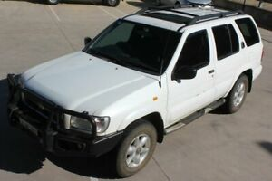 2000 Nissan Pathfinder WX II TI White 4 Speed Automatic Wagon Mitchell Gungahlin Area Preview