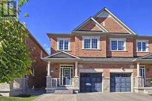 1257 Mccron Cres Newmarket Ontario Beautiful House for sale!