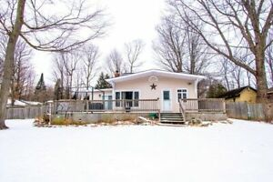 Spacious Bungalow In Oro-Medonte For Sale (471L)