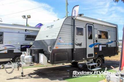 CU1092 New Age Manta Ray 16E Deluxe Semi Off Road With Ensuite