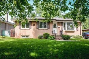 Wonderful Opportunity To Lease a Charming Bungalow In Oakville!
