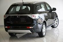 2014 Mitsubishi Outlander ZJ MY14.5 ES 4WD Black 6 Speed Constant Variable Wagon Southport Gold Coast City Preview