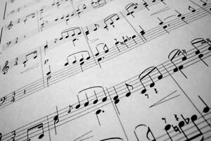 MUSIC TRANSCRIPTION (from audio source to sheet music)