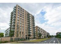 Stunning 1 bed flat located in PONTOON DOCK - ROYAL DOCKS. Furnished. GYM. Concierge. Terrace.