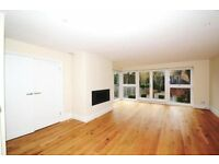 5 bedroom house in Templewood Avenue, HAMPSTEAD