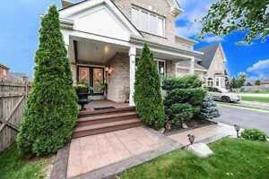 ID 2088: Brampton Airport/Country Side 4 Bed 4 bath $979,900