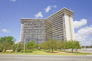 Jr. 1 Bdrm available at 1055 Bloor Street East, Mississauga