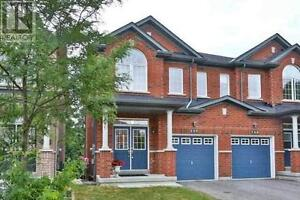 737 John Cole Crt Newmarket Ontario Great  Home for sale!
