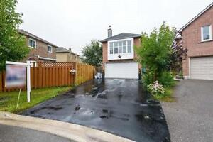 Family Size Home, 4 + 1 Bedrooms In Court Location. Must See!
