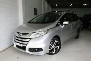 2014 Honda Odyssey RC MY14 VTi-L Silver 7 Speed Constant Variable Wagon Castle Hill The Hills District Preview