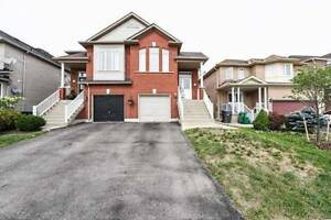 W4208554  -Absolutely Stunning Home In The Sought