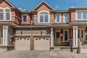 Town house for lease in brampton