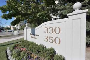 Executive Sw Corner Penthouse 1403 Sqft With 2 Parking & 3 Locke
