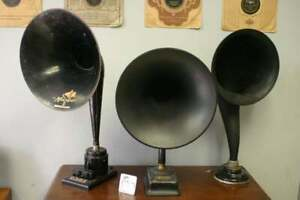 WANTED ANTIQUE RADIO HORNS